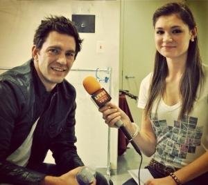 LSY! teen reporter Jessica Wojcinski interviews singer-songwriter Andy Grammer.