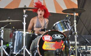 Nia Lovelis keeps the beat for Cherri Bomb on Vans Warped Tour 2012.(Photo by Amy Brooks)