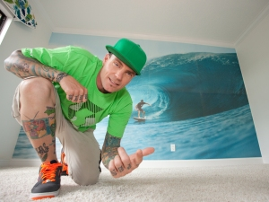 Vanilla Ice got started in home renovations when he decided to convert his lavish, nightclub-like South Florida mansion into something more livable.(Photo courtesy of DIY Network)