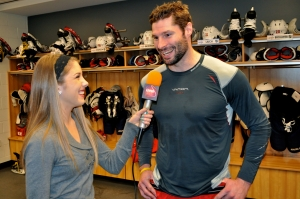 Washington Capitals forward Troy Brouwer, who won the Stanley Cup with the Chicago Blackhawks, talks about the mental side of high performance with LSY! sports editor Hailey Rose Gattuso. (Photo by Natalie Brophy)