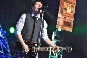 Adam Young, better known as Owl City, performs at WKSE-FM's Kissmass Bash. (Photo by Tim O'Shei)