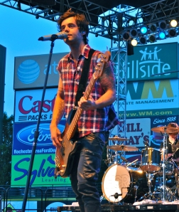 Ian Keaggy performing in Rochester, New York at WPXY's Summer Jam. (Photo by Jessica Wojcinski)