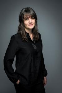 "Tony-winning Broadway director Pam MacKinnon calls music-education cuts ""devastating."""