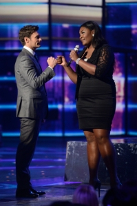 Ryan Seacrest and Candice Glover on American Idol. (Photo by Michael Becker/ FOX)